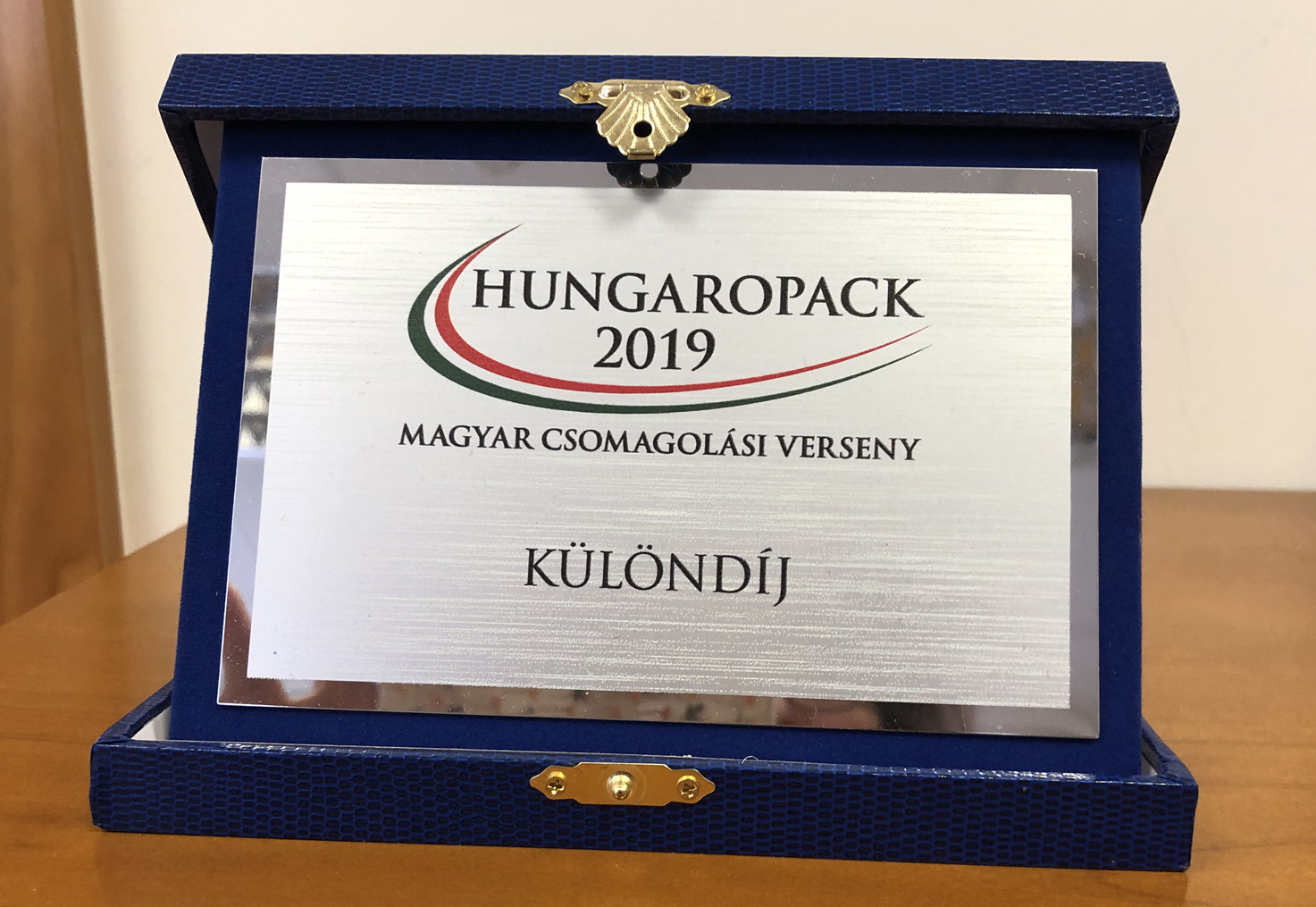 WE WON A SPECIAL AWARD AT HUNGAROPACK COMPETITION!